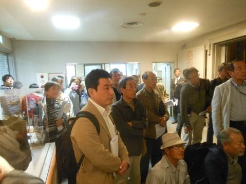 福島館長の話に参加者はどんどん引き込まれました